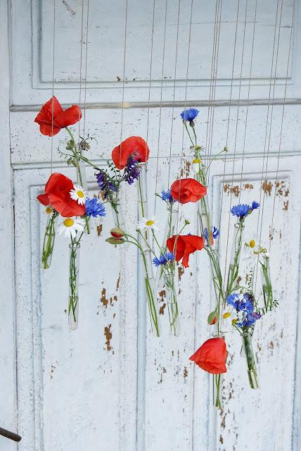 maki, chabry, kwiaty polne