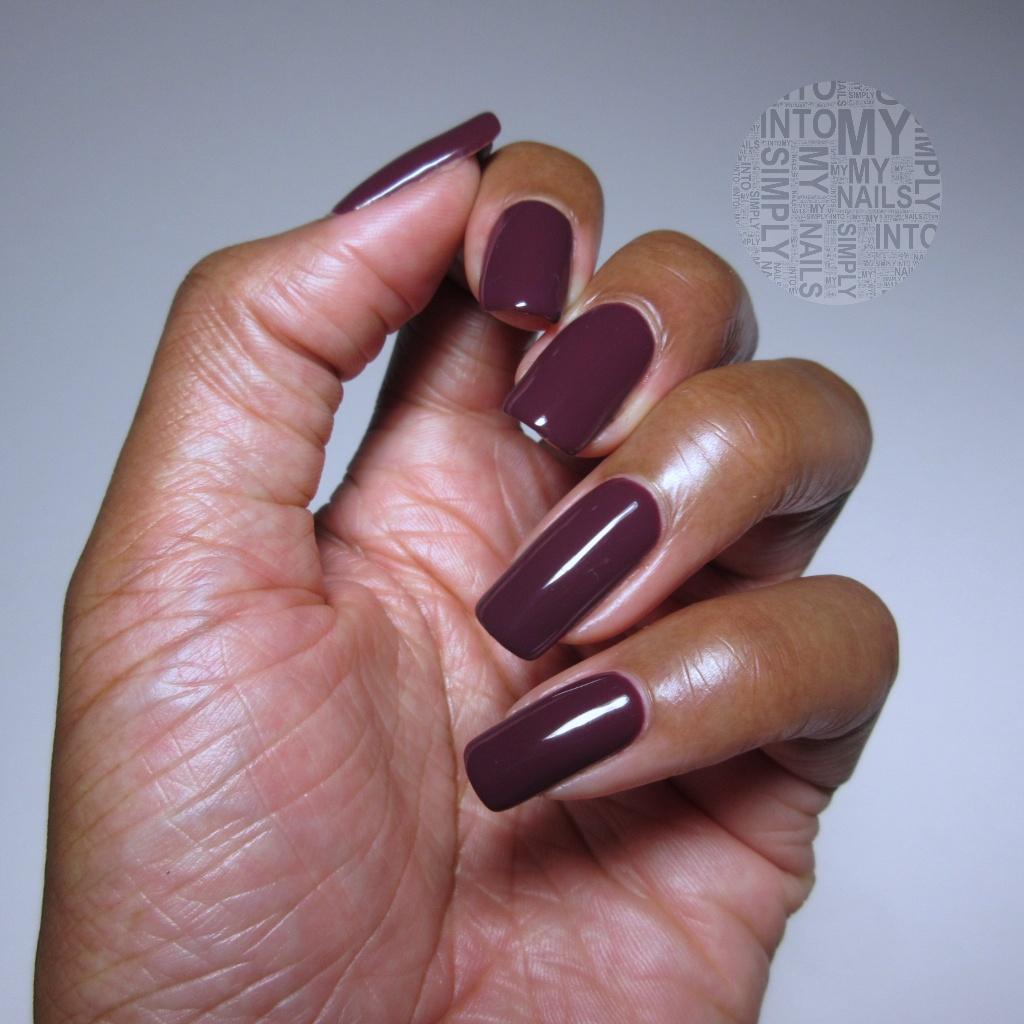 Mini Manicures ~ IBD Just Gel Petal Imprint | Simply Into My NAILS