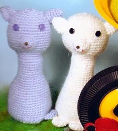 http://porunatetanofuevaca.blogspot.com.es/2010/11/revista-amigurumi-en-espanol.html