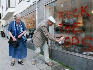 funniest pictures: grandpa and grandma f*ck the police