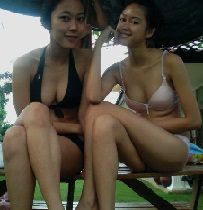 Hot Bikini Party ABG Nakal di Kolam Renang