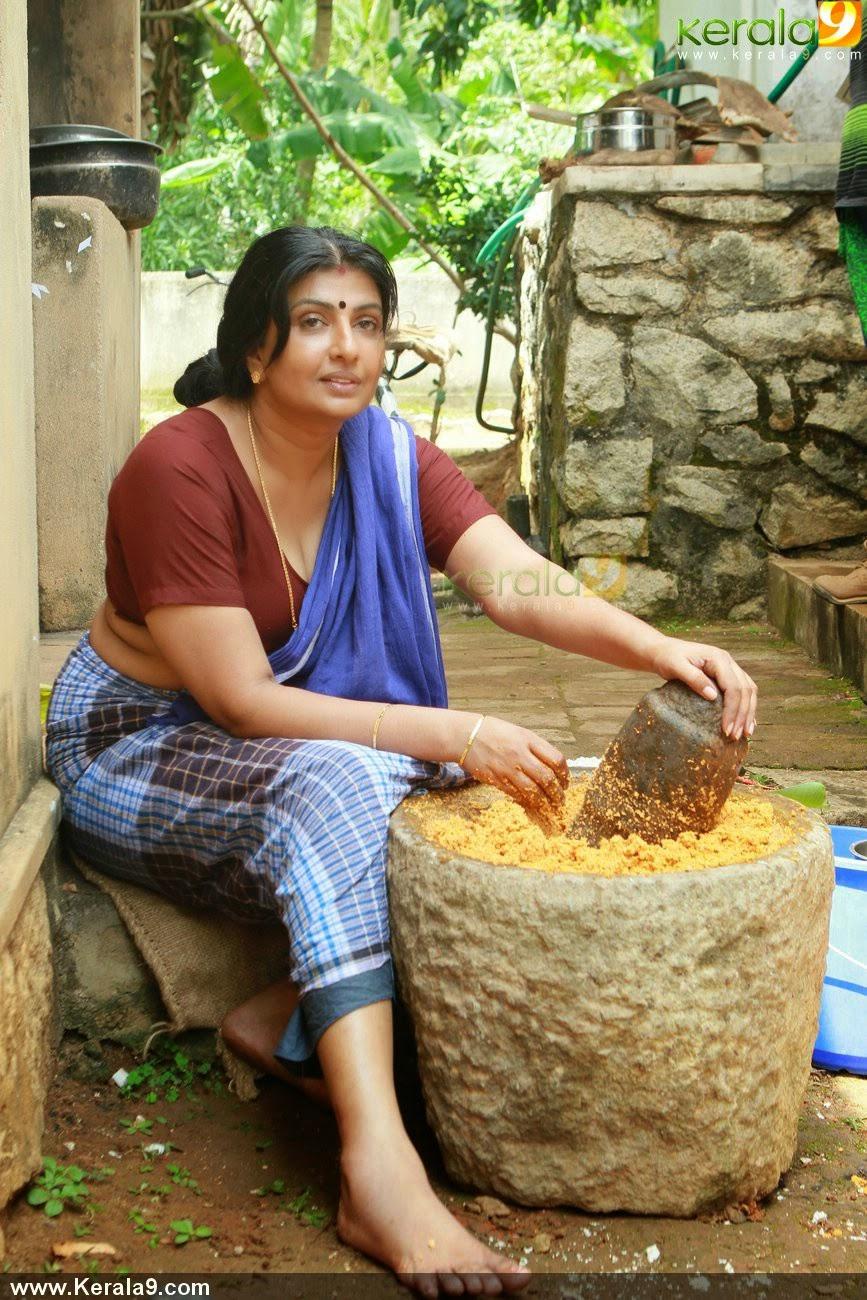 Mallu Tv Actress Maya Vishwanath Hot by OXE TV -