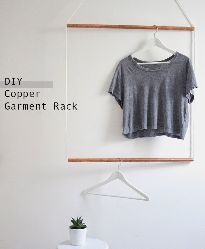 Simple Hanging Clothing Rack