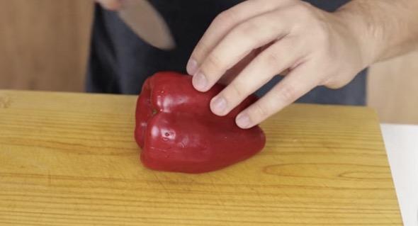 Ini cara mudah kupas kentang yang anda perlu cuba