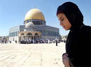 Kisah Pilu Seorang Siswi Palestina