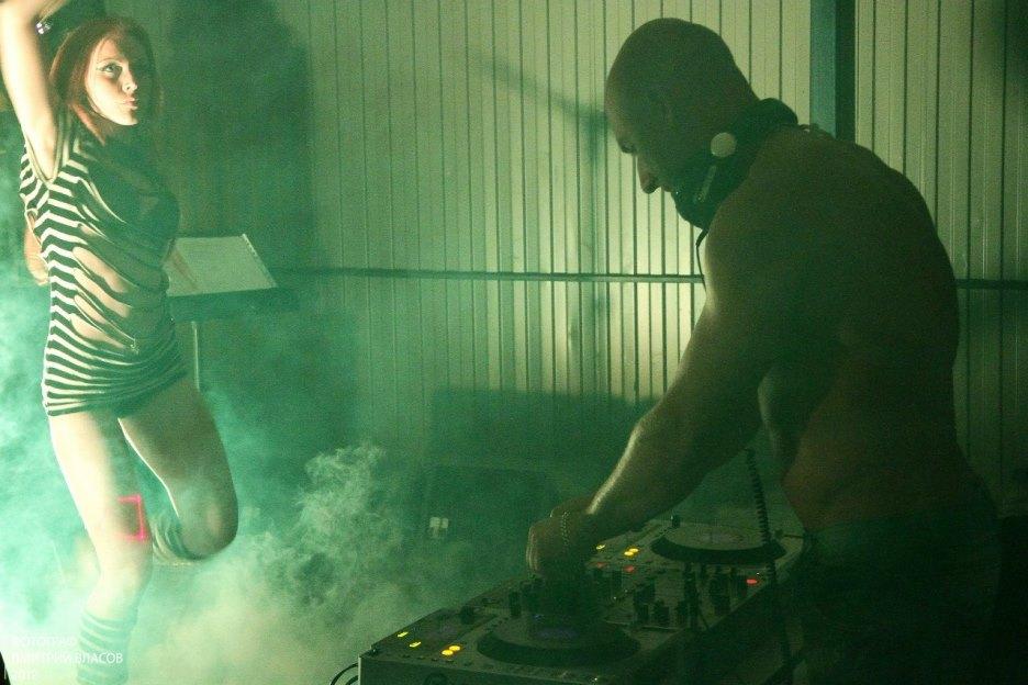 Праздничное агентство «FIESTA» в Волгограде и Волжском: DJ DIESEL и Шоу бодибилдеров на праздник в Волгограде и Волжском