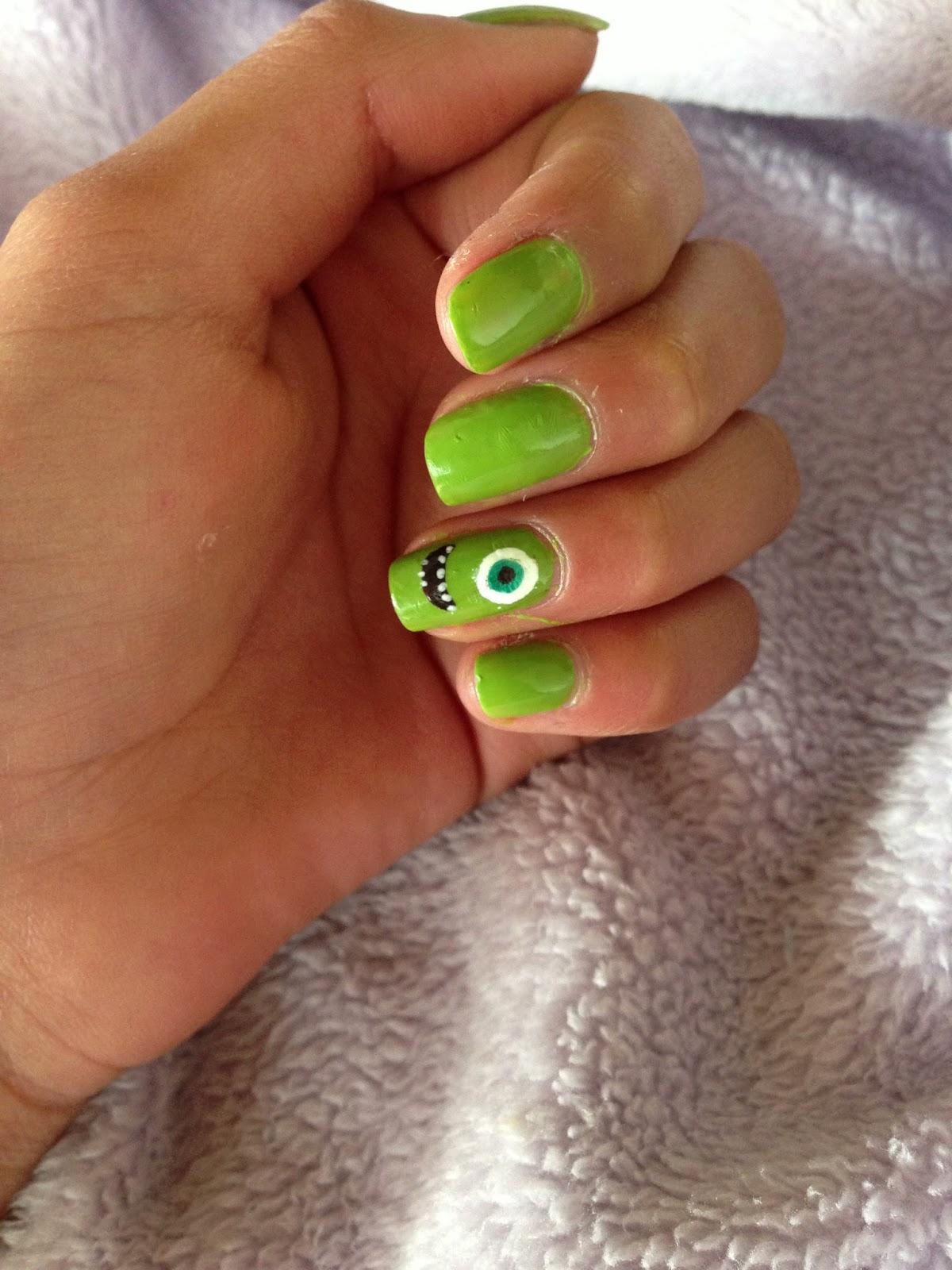 Daniela Rojas/ Uñas y mas!! : Uñas de Mike Wazowski ♥.