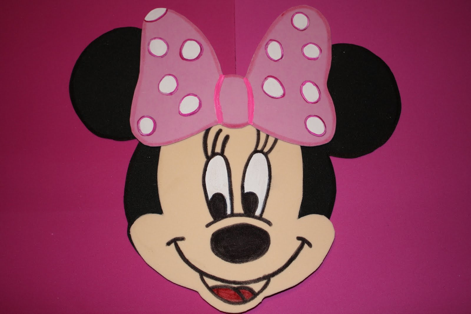 Peaceful image in minnie mouse face template printable