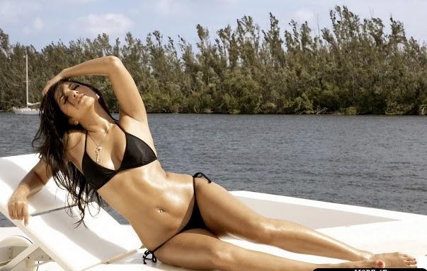 Indian Hot Actress Model Katrina Kaif Bikini Body In Dhoom 3 Watch Online Video HD