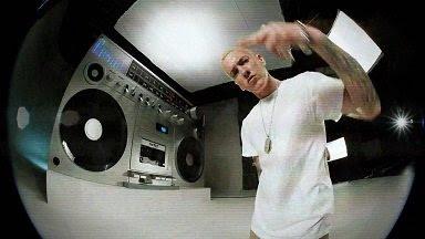 Eminem - Berzerk (2013) HD 1080p Music Video Free Download