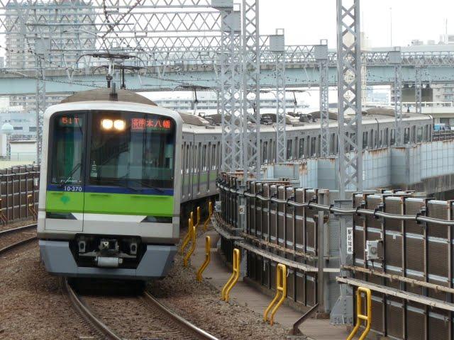 都営新宿線 各停 本八幡行き4 10-300形