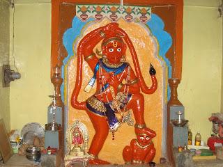 shahapur maruti - 11 Maruti temples akara hanuman darshan