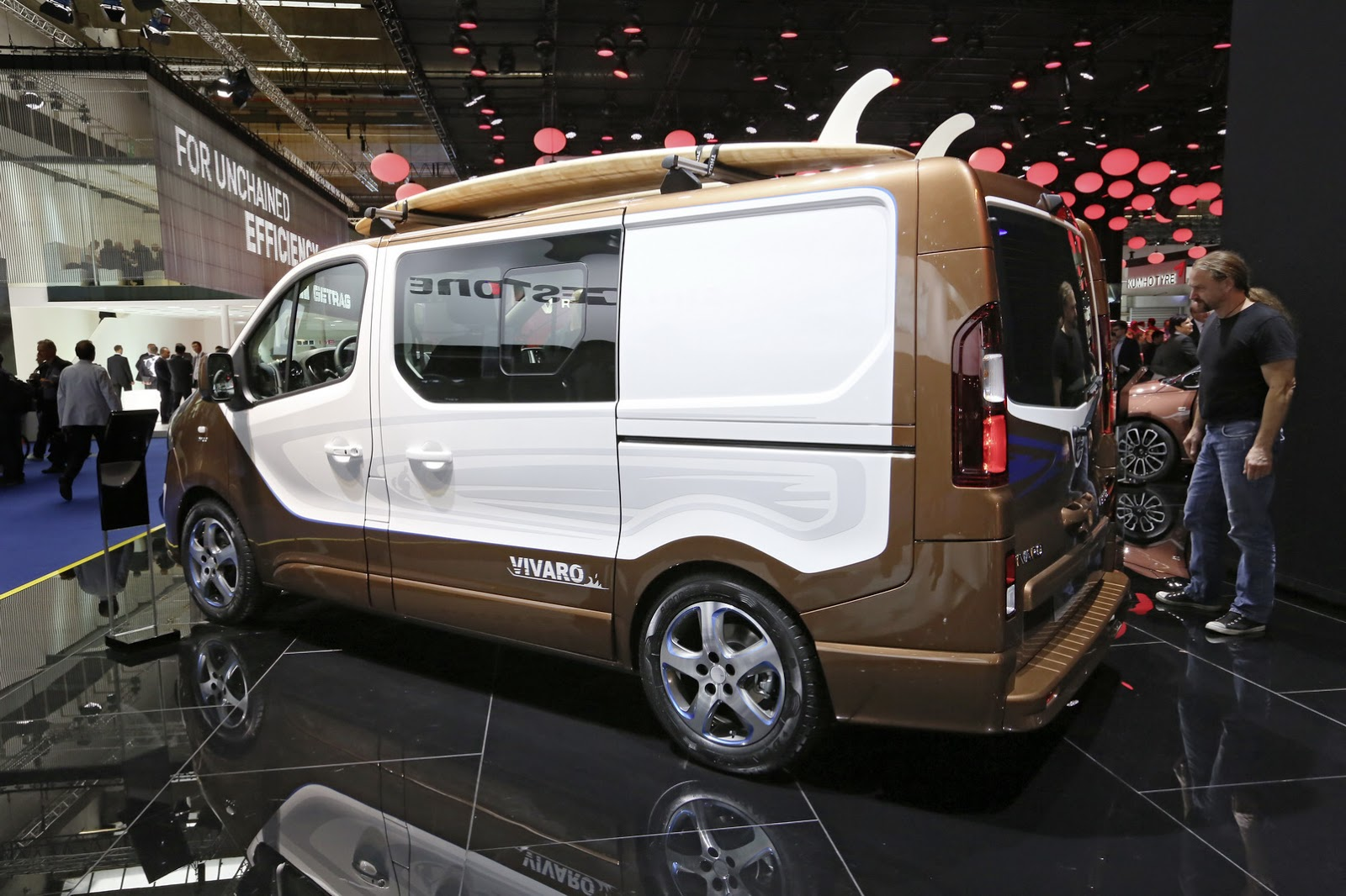 surf 39 s up for production intent opel vivaro people carrier carscoops. Black Bedroom Furniture Sets. Home Design Ideas