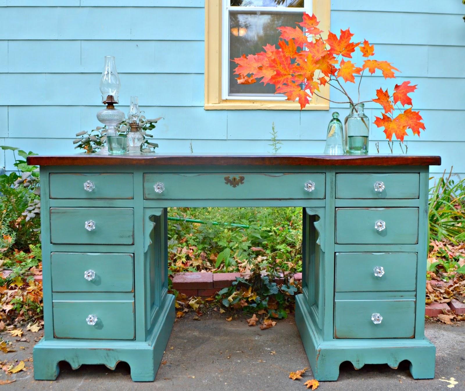 Heir and Space: A Vintage Bennington Pine Desk