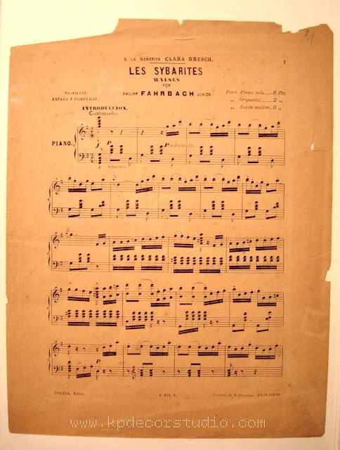 Partitura de musica antigua para decorar