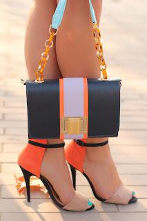 http://2.bp.blogspot.com/-cPMZB_T_W0s/T1G26cUU8DI/AAAAAAAAC2c/K6kARdQdVeo/s1600/zara+shoes_+vivaluxury_fashion_blog-13.jpg