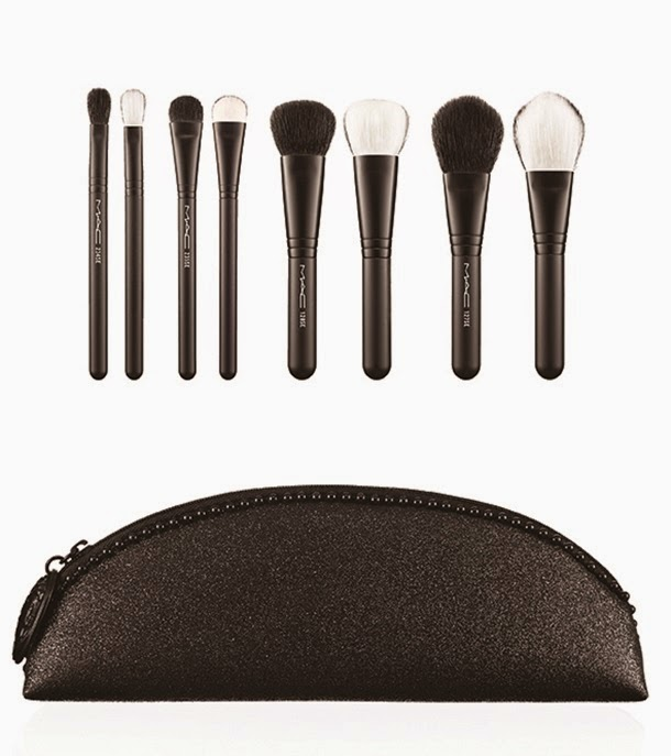 MAC Keepsakes In Extra Dimension Brush Set