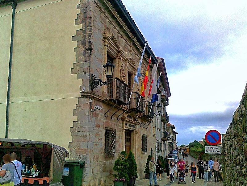 Palacio del Corro en San Vicente de la Barquera