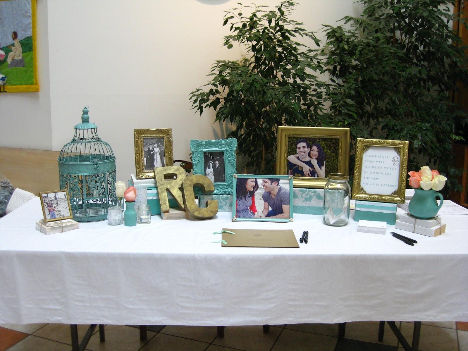 Luxury Wedding Guest Book Table | Wedding