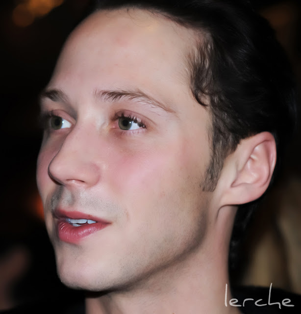 Johnny Weir. Photo © Tatiana Edrenkina @ Official Johnny Weir Blog.