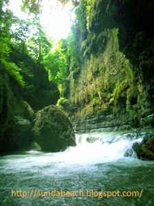 a picture of green canyon west java indonesia