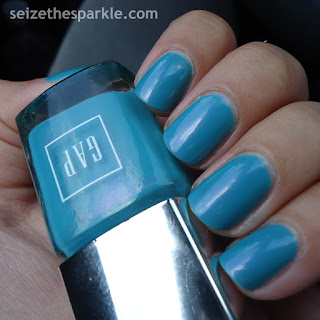 Fishbowl Friday Turquoise Nails