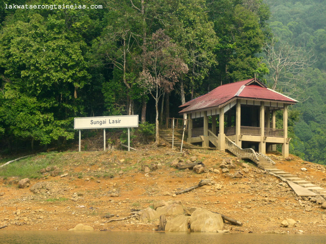 THE ECO-TOURISM SITE OF LAKE KENYIR