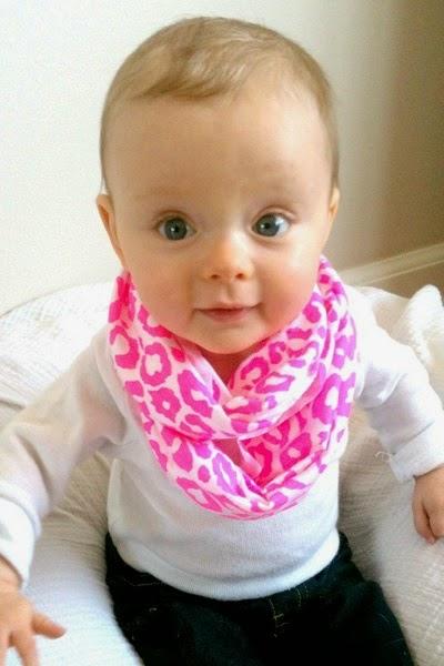 Une Photo bébé fille trop mimi