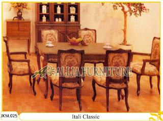 Kursi dan Meja Makan Kayu Jati Ukiran Itali Classic