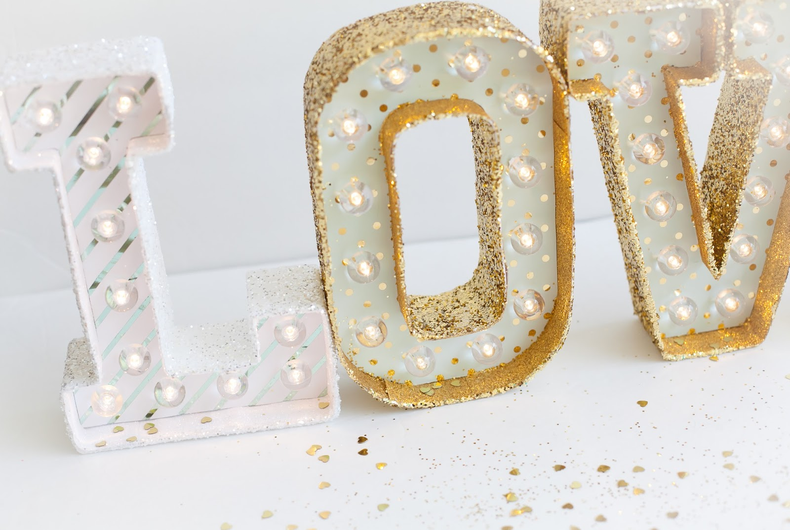 here is a very simple yet fabulous way to transform the gorgeous heidi swapp marquee letters into wow factor marquee letters all i did was take some of