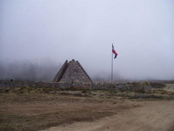 Piramides de Constanza Valle Nuevo
