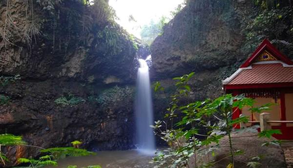 Wisata Alam Bandung Utara Curug Dago