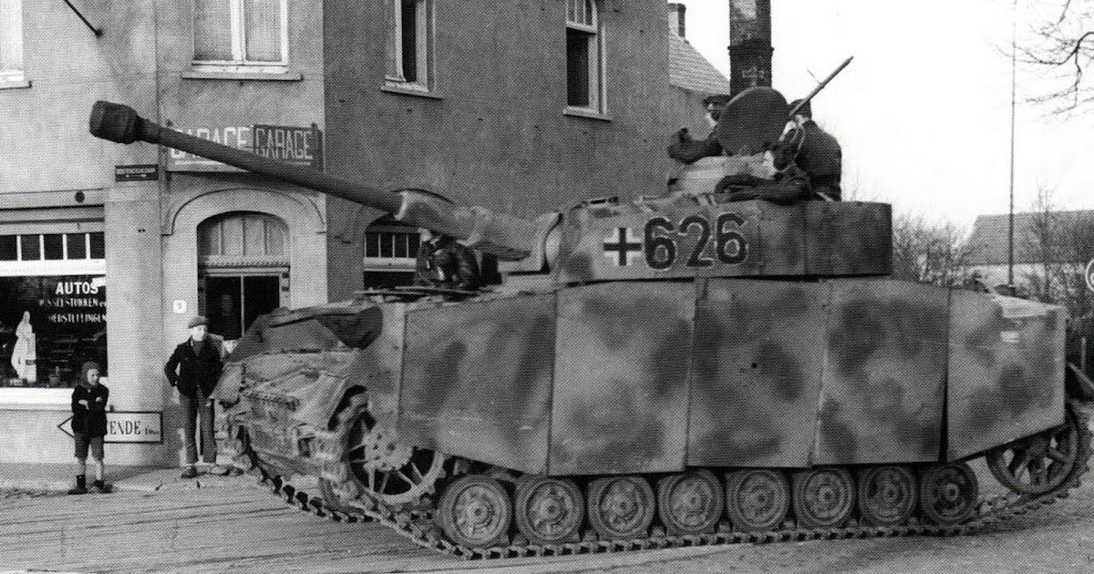 World war ii pictures in details panzerkampfwagen iv ausf for Div p