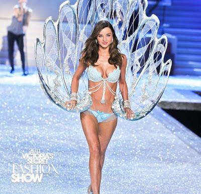 Victoria's Secret Fashion Show 2011 Miranda Kerr.