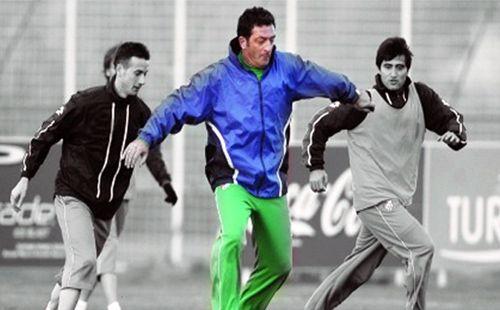 Biyediç, Bursaspor tarihinin tartışmasız en önemli yabancı futbolcusu. Bursaspor camiası içinse bir futbolcu ve teknik adamdan çok daha fazlası… Bursaspor'un en önemli sembollerinden birisi…