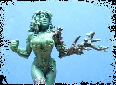 Imagen de la miniatura de Blood Bowl de la Dríade hecha para WILLY Miniatures en la que se base la ilustración de ªRU-MOR