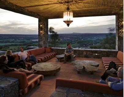 Fotos de terrazas terrazas y jardines terrazas de casas for Decoracion colonial mexicana