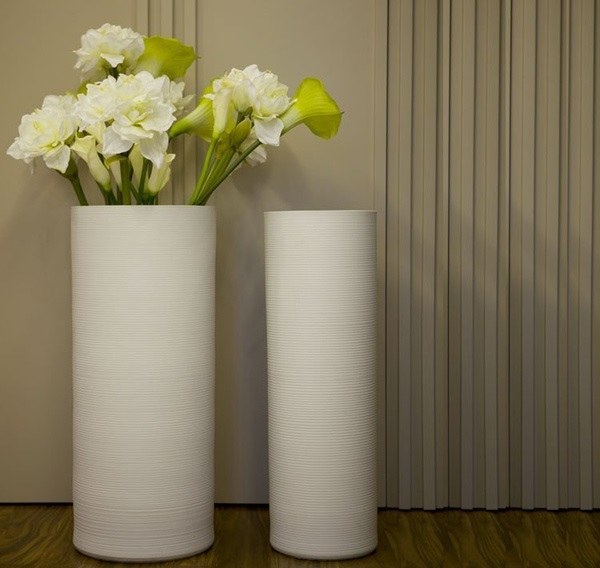 Desain Vas Bunga Lantai untuk Mempercantik Ruang Tamu | Rancangan ...