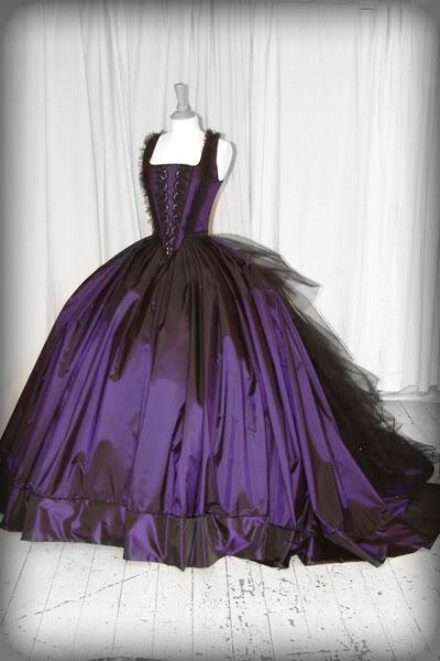 Wedding tidbits gothic wedding theme ideas 101 for Purple and black wedding dresses