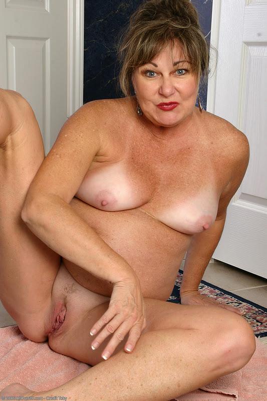 Women Naked Pornstars Together