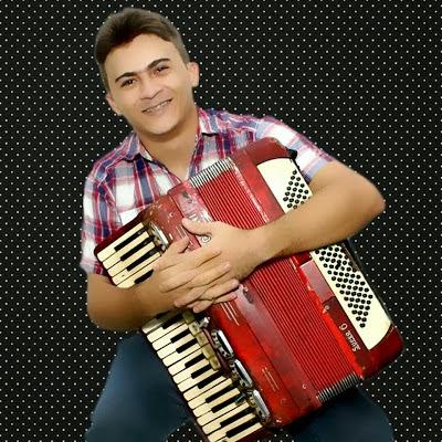 Compositor caicoense acusa cantor Vicente Nery de plagiar sua música
