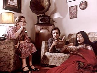 36 Chowringhee Lane, Directed by Aparna Sen, starring Debashree Roy, Jennifer Kendal