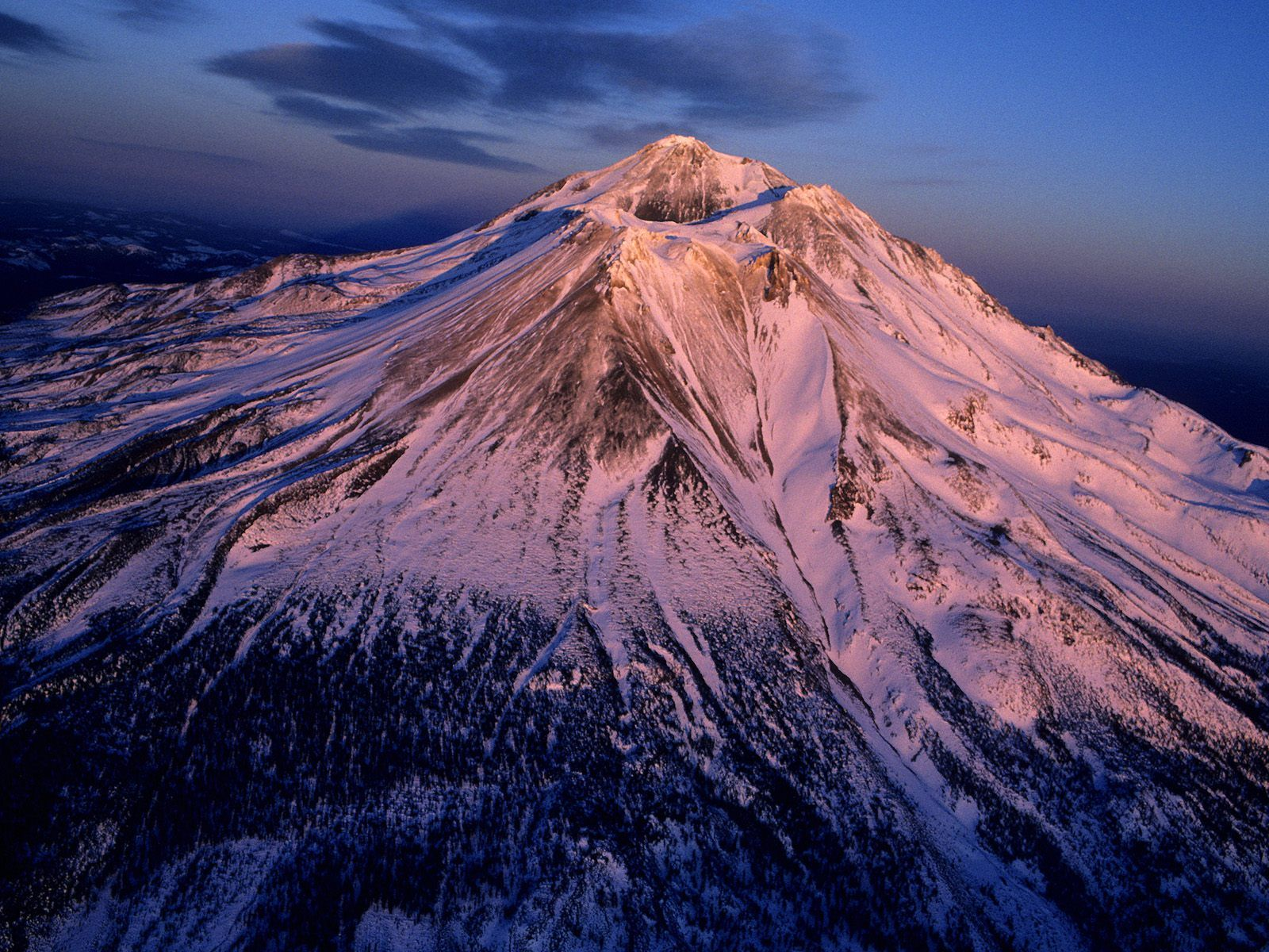 mount shasta Welcome to hike mt shasta, the (soon to be) complete guide for hiking the mount shasta region click here to learn more about mount shasta's geography use the interactive map to explore trails in the mount shasta area.