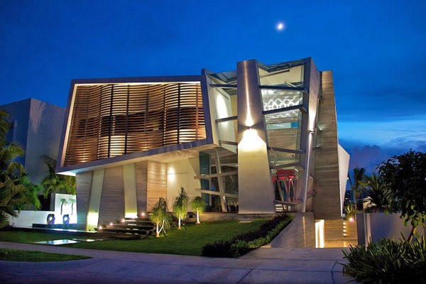 Fascinating modern pad in Cancun: Casa Gòmez