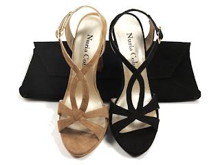 sandalias en tono crudo y negro Nuria Cobo Sevilla