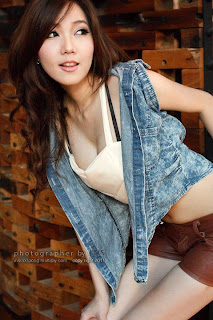 http://ceritasex-x.blogspot.com/2013/04/cerita-sex-terbaru-2013-ananda-ku-yang.html