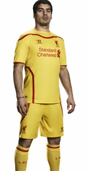 Liverpool+14-15+Away+Kit+Suarez.JPG