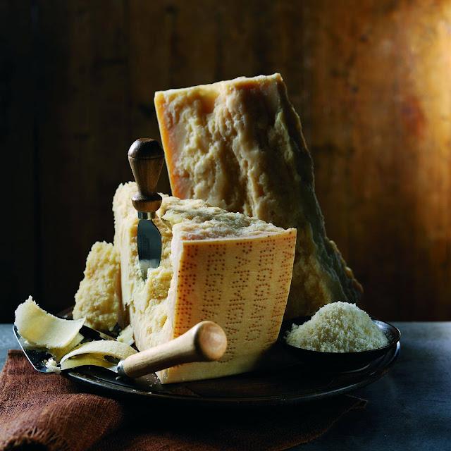 Italien, Aperitivo, Parmesan, Hartkäse, Feierabend