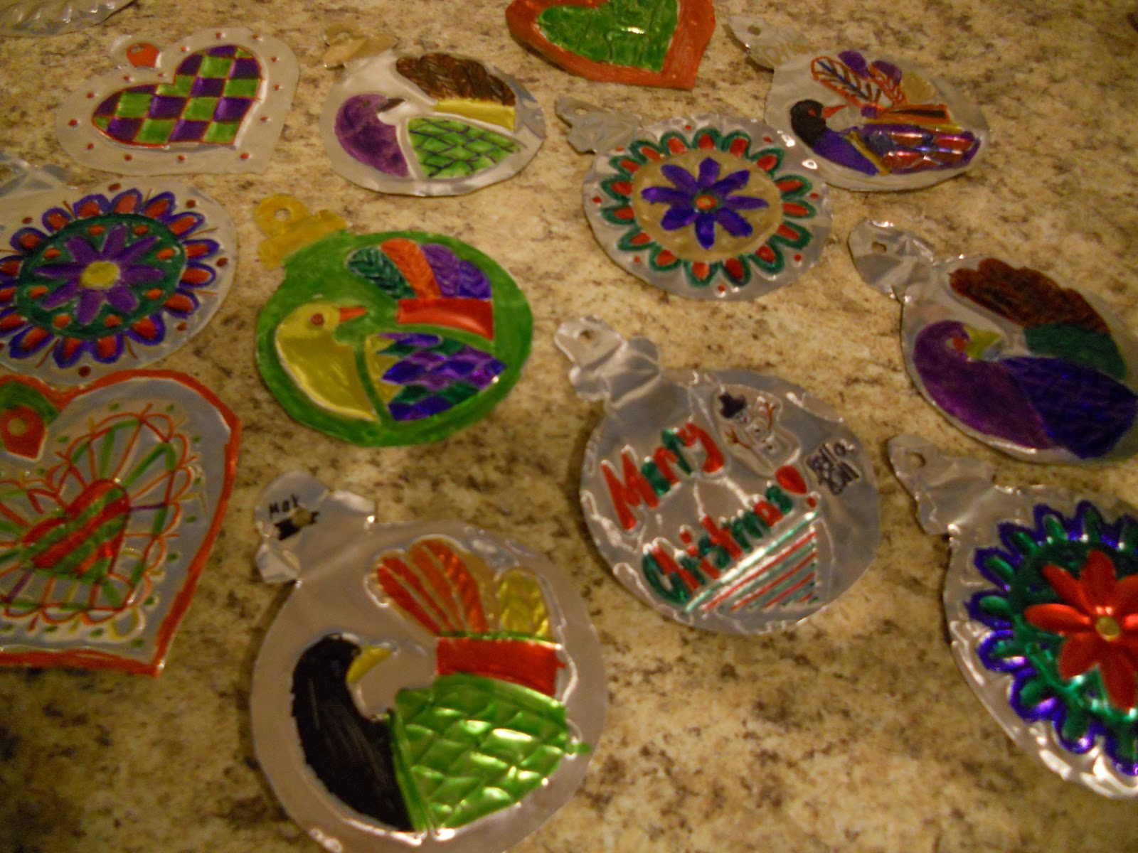 Create art with mrs p mexican folk art ornaments for Mexican christmas ornaments crafts