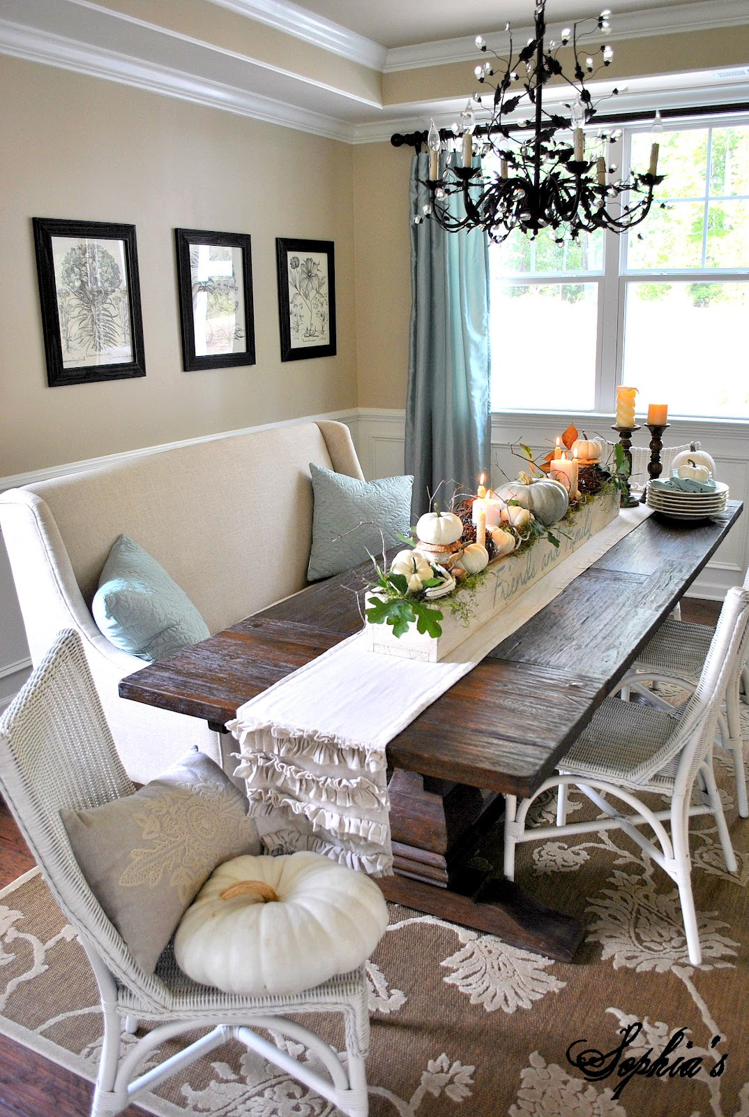 Sophia 39 s fall table centerpiece - How to decorate my dining room ...